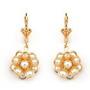 Cercei floare placati cu aur cu perle de culoarea sampaniei